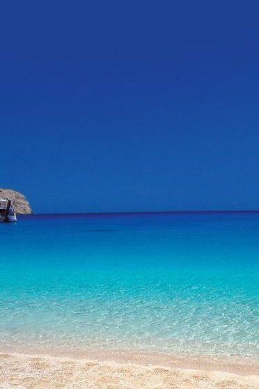 شاطئ في اليونان