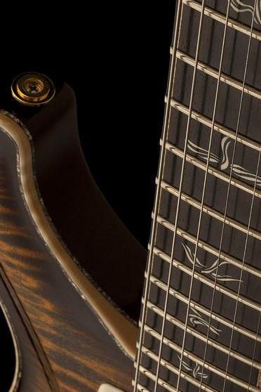 Met Guitar Angle