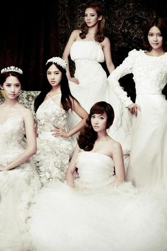 SNSD Wedding Dress