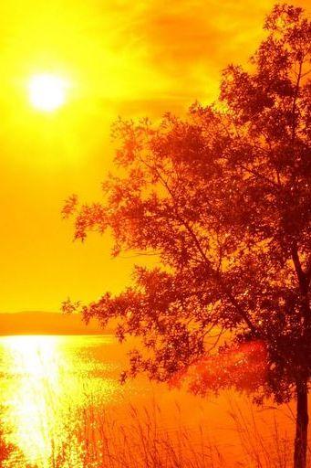 मोठे सूर्यास्त