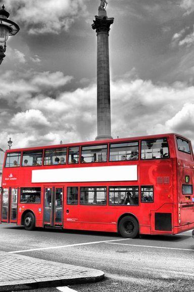 Trafalgar-Square-London-768x1280