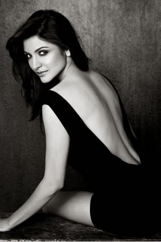 Anushka Sharma (3)