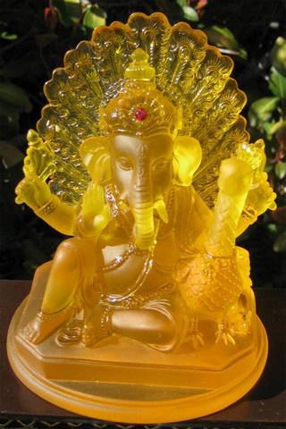 克里斯塔尔Ganesh