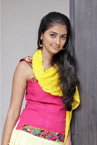 Cute Girl Pooja Hegde