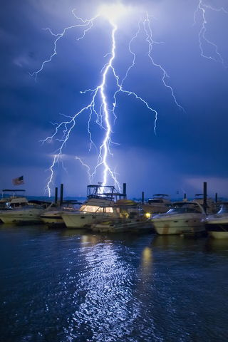 Lightning In Sea
