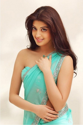 Cute Pranitha