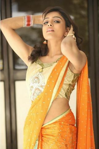 可爱的vithika Sheru