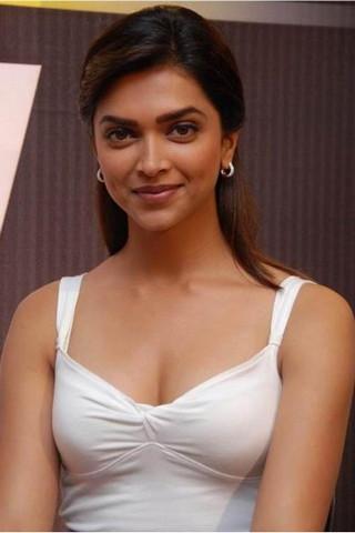 Cute Deepika