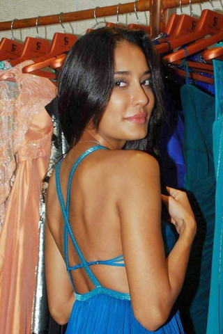Cute Lisa Haydon