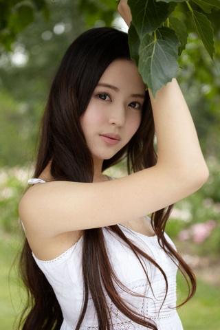 Мила дівчина