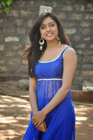 Actress vithika Sheru