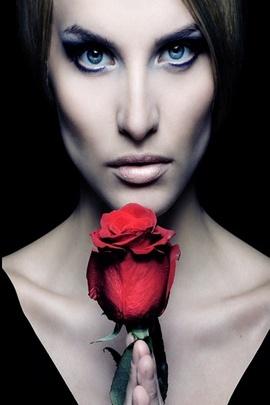 Wanita cantik
