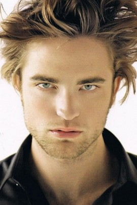 Messy Robert Pattinson