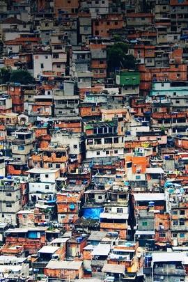 Many House