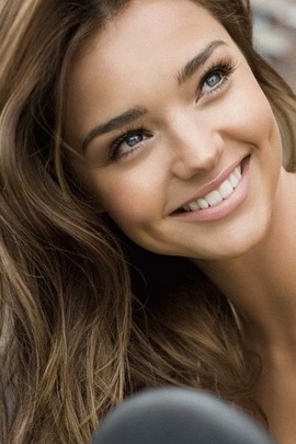 खूबसूरत महिला