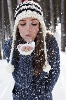 Сніжна дівчина