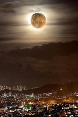 Full Moon And City