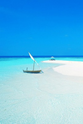 Blue Maldives Beach