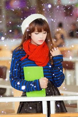 Winter Beautiful Girl
