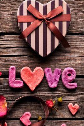 Tình yêu và Những món quà