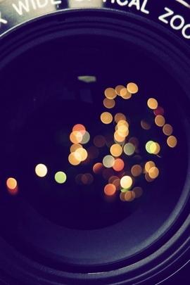 Camera Lens Hands 66771 720x1280