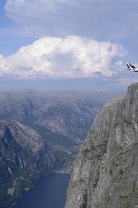 Jump Parachutist Extreme Falling Breakage 8849 720x1280