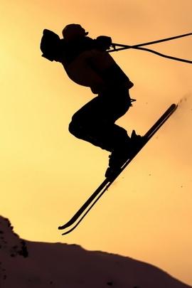 القفز على الجليد القفز صورة ظلية الثلج المدقع 11536 720x1280