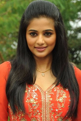 Attractive Priyamani