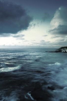 Dark Night Sea