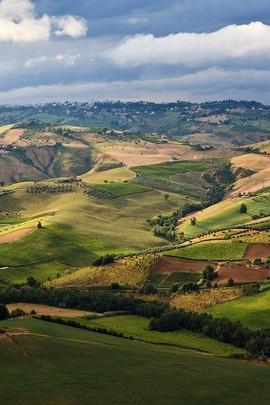 Abruzzo Italien Hügelansicht