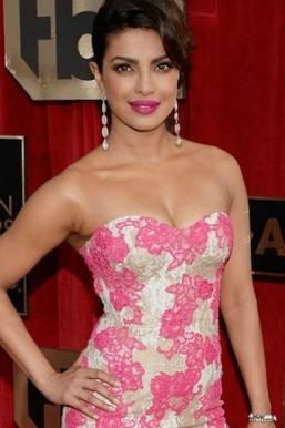 Śliczne Priyanka Chopra
