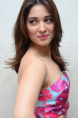 Tamanna Bhatia 귀여운