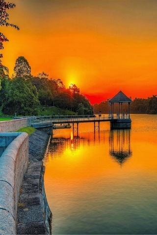 Озеро Боковой парк Закат
