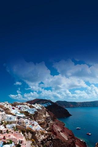 Dia ensolarado de Santorini