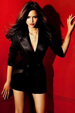Beautiful Nina Dobrev