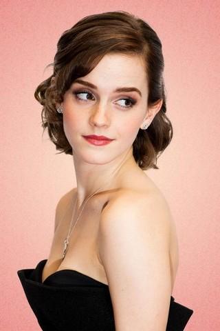 Emma Watson Hot Cleavage