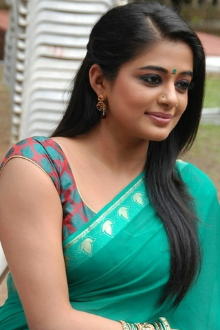 Green Saree Priyamani