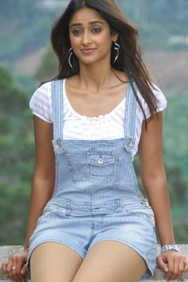 Cute Ileana D'Cruz