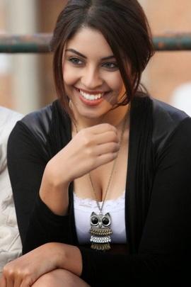 Cute Richa Gangopadhyay