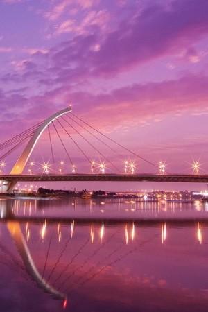 Lightly Bridge