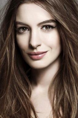 Anne Hathaway Allure