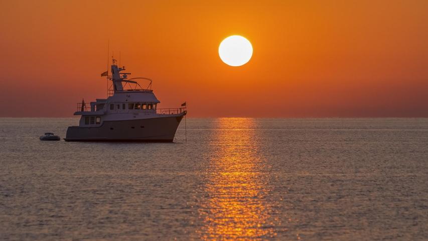 Mare Del Mar Egeo Di Sunny Lane Del Mare Della Nave Del Paesaggio