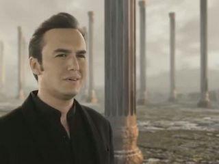 Mustafa Ceceli - Al Ahad - الأحد - Arabic (Official Video)