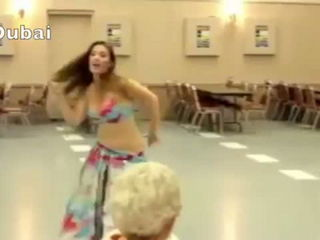 Gorgeous Arabic Girl's Amazing Belly Dance with Hindi Pop Ever