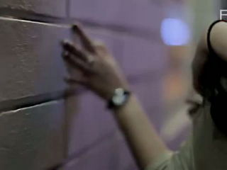 Ernie Zakri Feat. Daly Filsuf - Sedetik Cinta (Official Music Video)