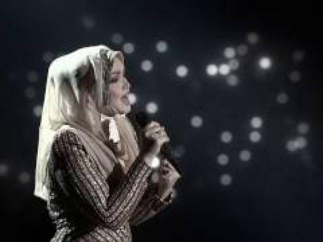 Dato Siti Nurhaliza feat Whitney Houston - Memories