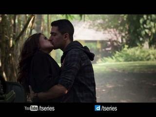 Phir Teri Bahon Mein - CABARET - Richa Chadda - Gulshan Devaiah - Sonu Kakkar Tony Kakkar