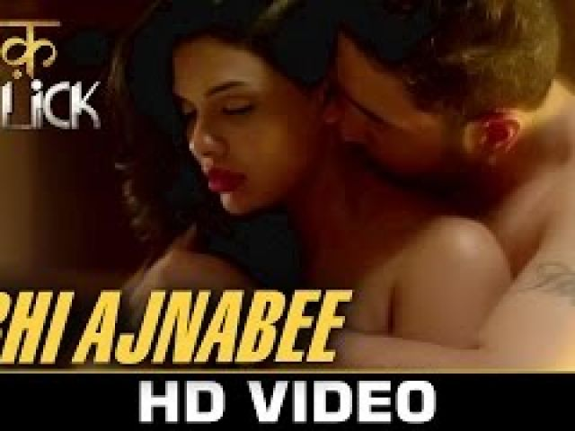 Abhi Ajnabe3 Video Song - Ishq Click