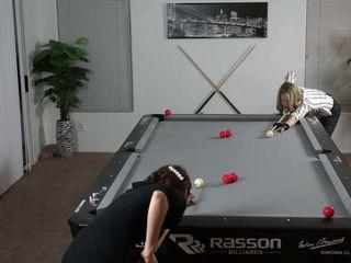 Venomette & Kaori Ebe Amazing Girl Pool Trick Shots