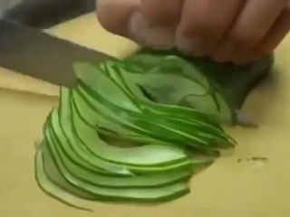 Amazing knife skills
